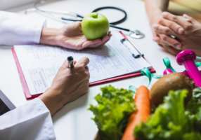 Medical Nutrition Therapy_m_184692880